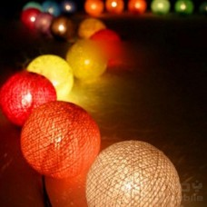 Гирлянда цветные хлопковые шарики 20шт.